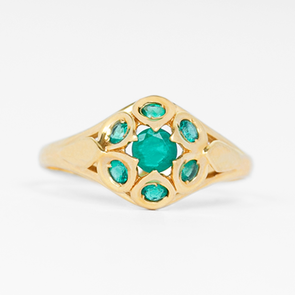 May Birthstone 1/2 CT Emerald Vintage Ring for Women