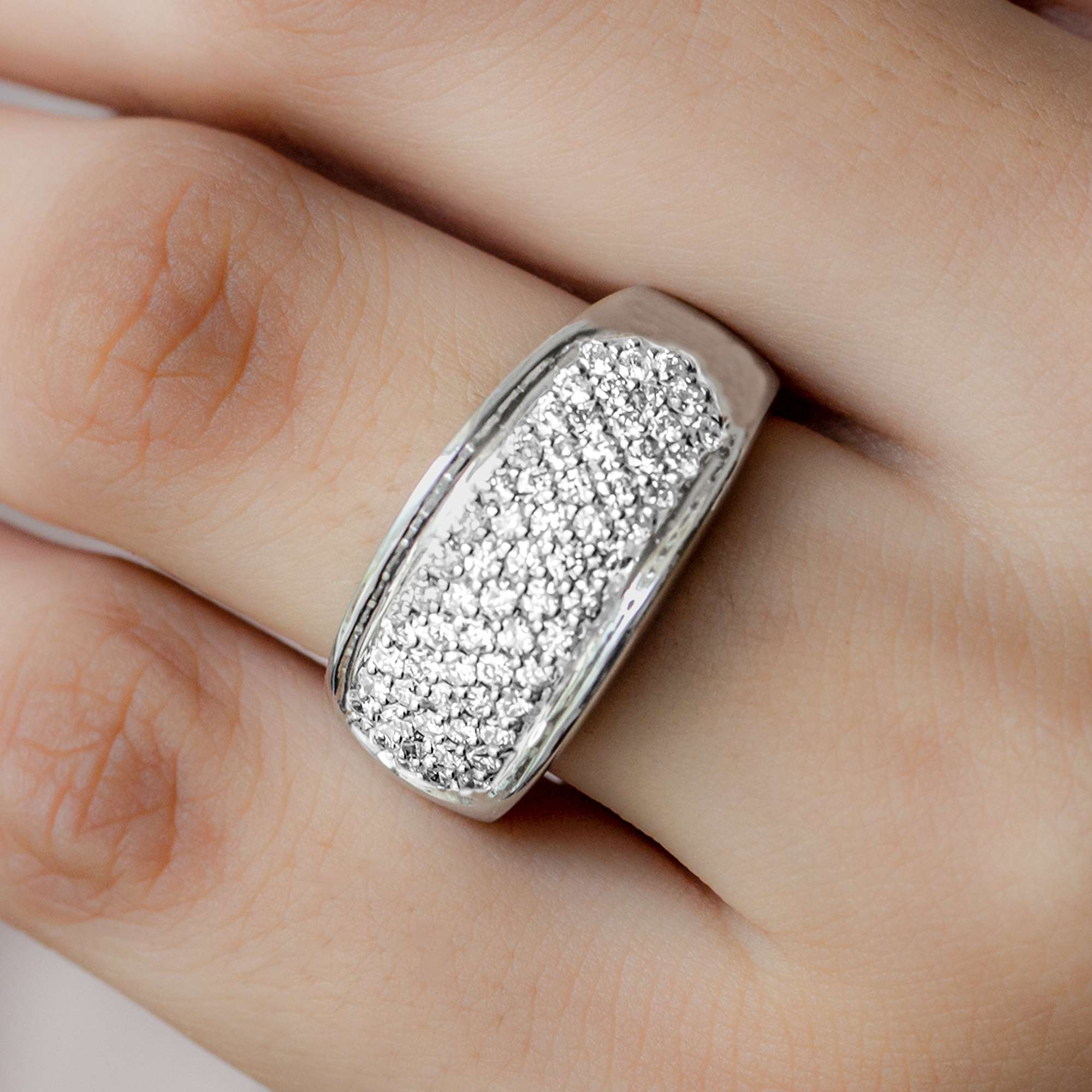 1 CT Round Shape Diamond Statement Wedding Band Ring in Pinpoint Setting