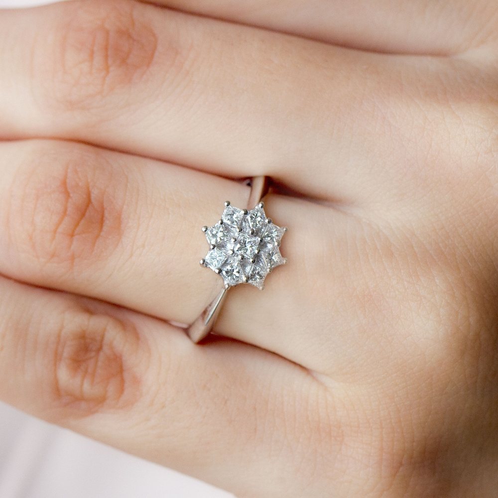1/4 CT Princess Cut Diamond Cluster Ring in Prong Setting