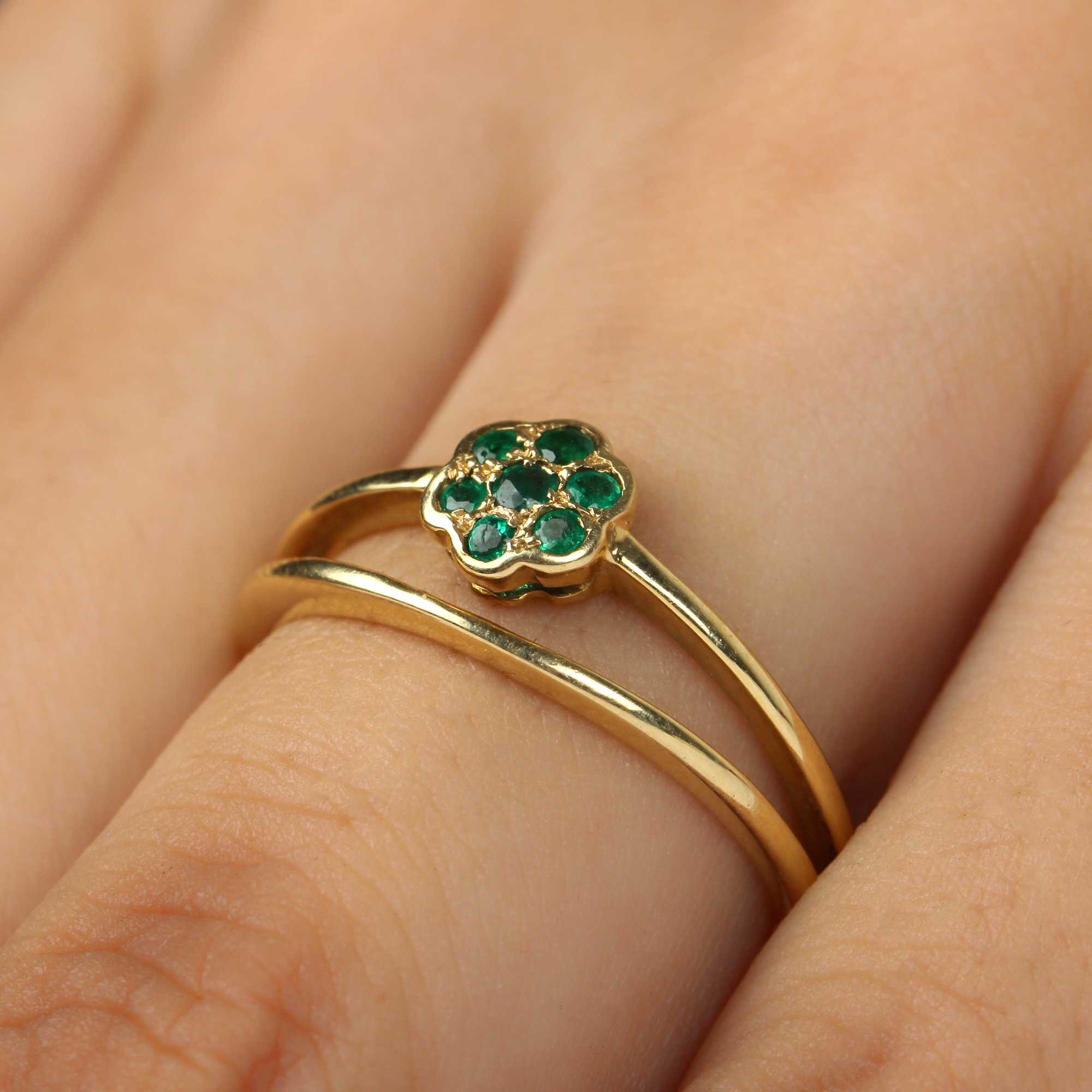 May Birthstone Emerald Flower Double Band Ring