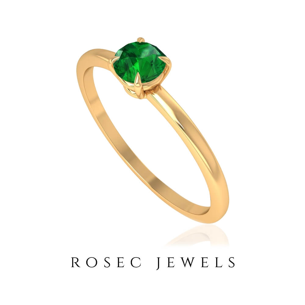 1/4 CT Claw Set Emerald Solitaire Simple Dainty Ring